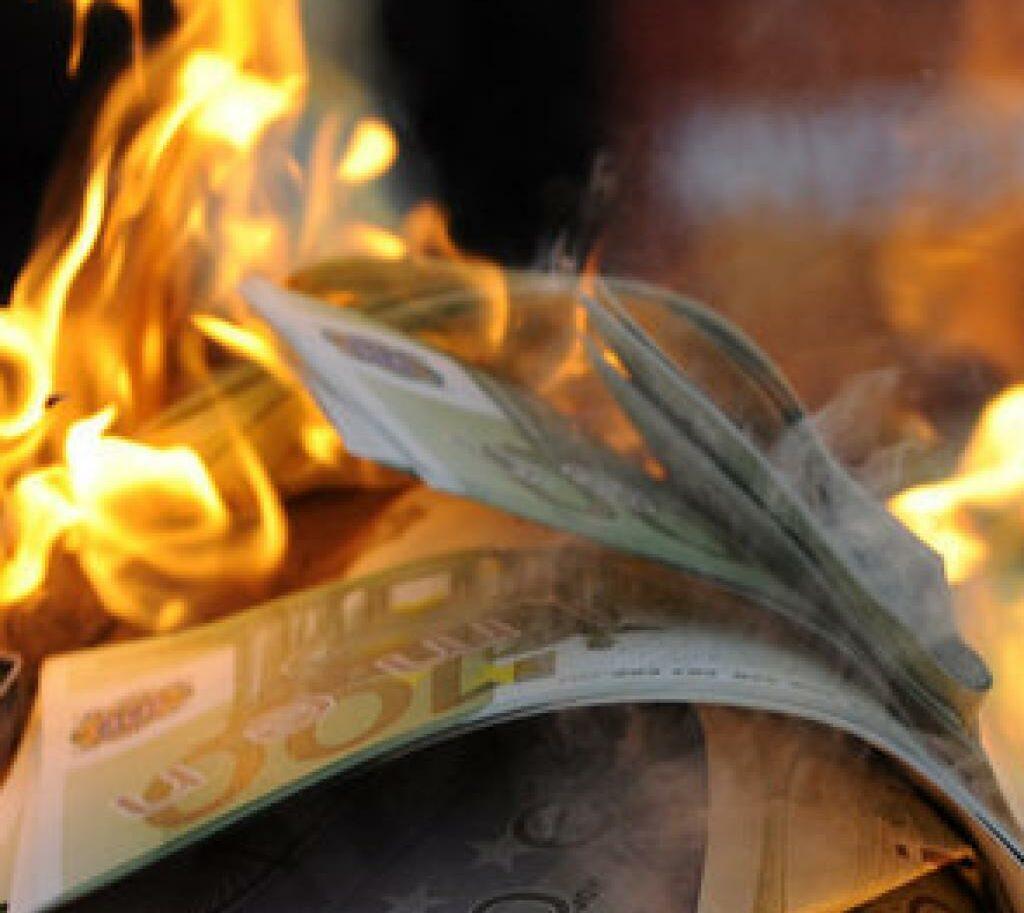 Chinese uitvaart betekent ook nepgeld verbranden